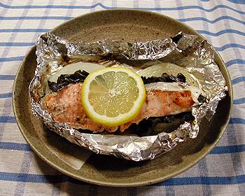 JAあわじ島の特産品レシピ「たまねぎのホイル焼き」