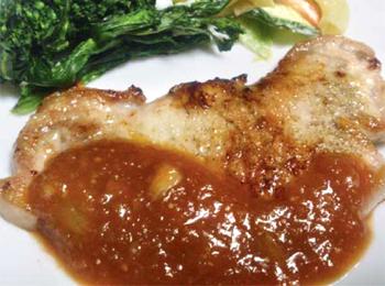 JAあわじ島の特産品レシピ「豚肉の新たまねぎソースがけ」
