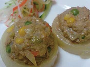 JAあわじ島の特産品レシピ「オニオンリングハンバーグ」