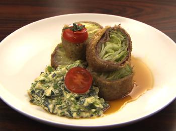 JAあわじ島の特産品レシピ「肉巻きレタスさっと焼き レタスタルタルがけ」