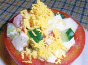 JAあわじ島の特産品レシピ「トマトのカップサラダ」