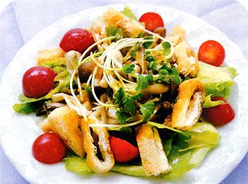 JAあわじ島の特産品レシピ「レタスときのこのサラダ(ジンジャードレッシング)」