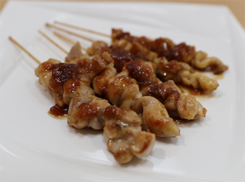 JAあわじ島の特産品レシピ「本格アワジアン焼き鳥」