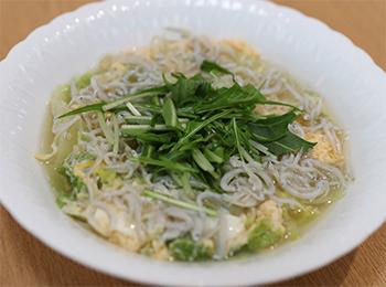 JAあわじ島の特産品レシピ「しらすと白菜のパステル卵とじ」