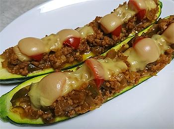 JAあわじ島の特産品レシピ「ズッキーニボート」
